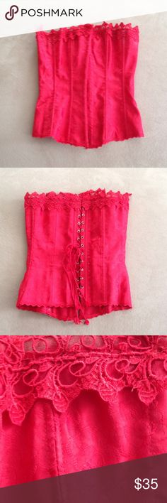 Frederick's Of Hollywood Dream Corset Red corset with lace trim. Size 32. Frederick's of Hollywood Intimates & Sleepwear
