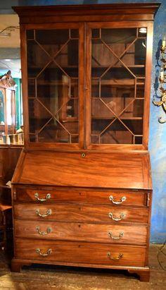 Sekretär mit Glasaufsatz, Mahagoni, ca. 1850 China Cabinet, Palace, Fill, Design Ideas, Interior Design, Storage, Antiques, House, Furniture