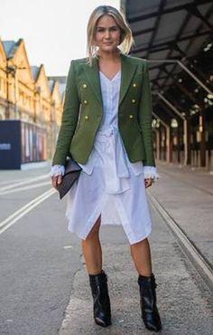 99 Must-See Street Style Looks From Australian Fashion Week Charlotte Gainsbourg, Cool Street Fashion, Street Chic, Fashion Rocks, Street Wear, Look Blazer, Khaki Blazer, Look Boho, Mein Style