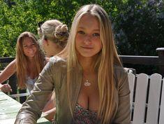 Bildresultat för swedish football fans hot girls