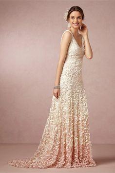 Top 18 Unique Blush Wedding Dress Designs – Spring Theme For Ceremony Day - Easy Idea (3)