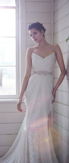 Gorgeous wedding dresses from the 2014 bridal collection of Aussie designer Karen Willis Holmes Karen Willis Holmes, Gorgeous Wedding Dress, Beautiful Gowns, Bridal Gowns, Wedding Gowns, Sophisticated Bride, Vintage Bridal, Wedding Bride, Wedding Stuff