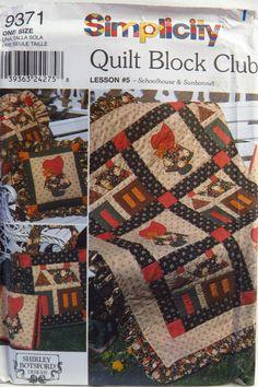 Simplicity 9371 Quilt Block Club