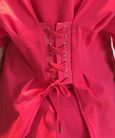THE SHINZONE(ザ シンゾーン)の「バックレースアップTシャツ(Tシャツ・カットソー)」です。このアイテム着用のコーディネートをチェックすることもできます。