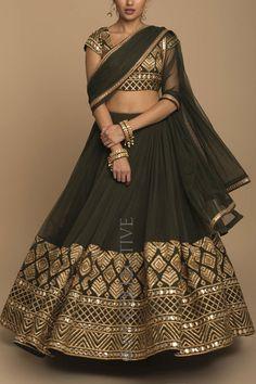 Half Saree Lehenga, Lehnga Dress, Bridal Lehenga Choli, Saree Blouse, Indian Wedding Outfits, Indian Outfits, Special Dresses, Formal Dresses, Indian Fashion