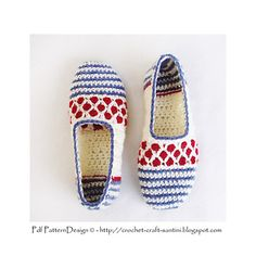 DOTS AND STRIPES HOME SHOES