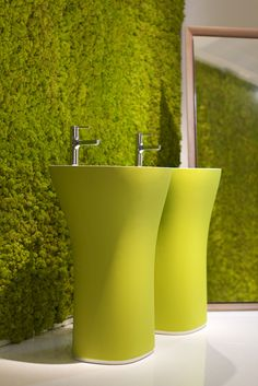 MOSS Wall&Projects