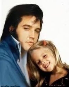 Elvis Presley and daughter Lisa Marie - having a special moment. Lisa Marie Presley, Priscilla Presley, King Elvis Presley, Elvis Presley Family, Elvis Presley Photos, Rock And Roll, Idole, Norma Jeane, Graceland