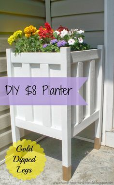 Home heart and hands: diy front porch planter with gold dipped legs diy wood planters Diy Wood Planters, Front Porch Planters, Planter Boxes, Planter Ideas, Diy Front Porch Ideas, Diy Planters Outdoor, Cheap Planters, Front Porch Garden, Back Yard Porch