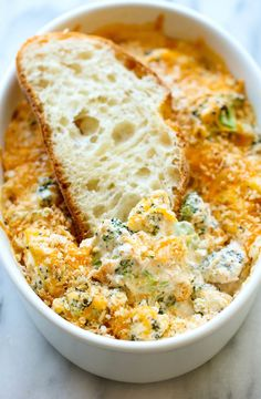 Baked Broccoli Parmesan Dip! Looks outrageously good!