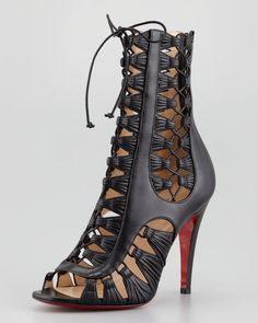 Crazy for Christian Louboutin and found it with cheapest price here #high heels #fashion #red bottoms