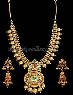 Jewellery Designs: 20inch Kundan Antique Set