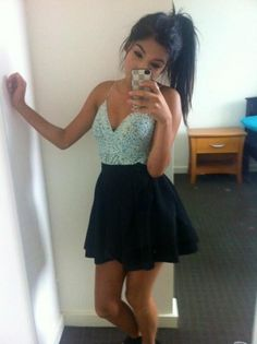 Ponytail For College Girls and can I just say I WANT THAT DRESS!