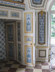 File:Pagodenburg Nymphenburg Saal-1.jpg