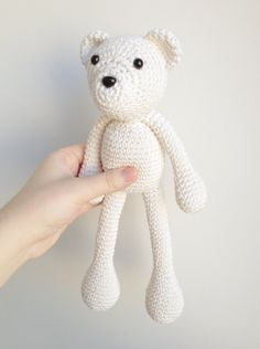 ATTENTION: This listing is for a PDF PATTERN to make an amigurumi stuffed toy, and NOT a finished stuffed toy. If you wish to buy the finished