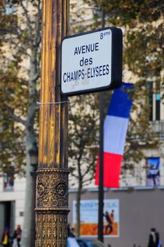 avenue des Champs-Elysées - Paris Look at the beautiful design on the post. No ugliness here. Inspiration for the rest of us to make everything more appealing to the eye. Paris City, Paris Street, Paris Travel, France Travel, Paris By Night, Paris Ville, I Love Paris, Champs Elysees, Paris Photos
