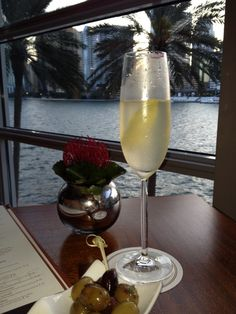 MO Bar + Lounge at Mandarin Oriental, Miami in Miami, FL