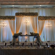 Reception Stage Decor, Reception Backdrop, Wedding Stage Decorations, Wedding Backdrops, Wedding Goals, Dream Wedding, Marriage Decoration, Backdrop Design, Wedding Entertainment