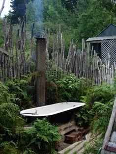 paradise backyards, outside stairs + garden styles Ideas Bath Outdoor Bathtub Tiny House Outdoor Bathtub, Outdoor Bathrooms, Outdoor Showers, Garden Bathtub, Outdoor Spaces, Outdoor Living, Outdoor Decor, Tiny House, Deco Nature