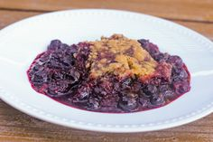 Slow Cooker Berry Cobbler with EASY Clean Up!