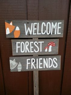 Welcome forest friends sign baby shower signs forest animals fox raccoon mushrooms woodland woodlands rustic baby Baby Shower Signs, Baby Shower Themes, Baby Boy Shower, Baby Shower Decorations, Shower Ideas, Birthday Decorations, Birthday Ideas, Woodland Theme, Woodland Baby