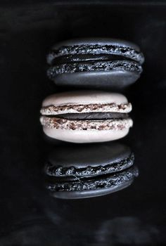 evil macaroons (black sesame and sweet bean paste)