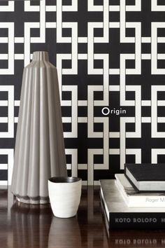These elegant, eye-catching wallpapers are perfect for creating a beautiful accent wall in a modern interior, creating a refined and luxurious appearance.   Wallpaper Sydney, Power Wallpaper, Wallpaper Decor, Pattern Paper, Paper Patterns, Inspirational Wallpapers, Modern Prints, Beautiful Space, Designer Wallpaper