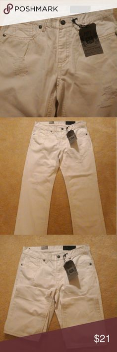 "Men Axel Brand Pants, Relaxed Straight Axel Brand White Pants, Relaxed Straight W. 33 X L. 34 ! These are an excellent pair of pants for men! Never been worn and looks great!  You can see that the pants haveba rip designs on it, 1 on one leg and 2 on another. Pants are about 45"" long, inseam is 32"" 1/2 long, waist is 16"" 1/2, Front Rise is 10"" and  Leg Opening is 9"". Pants is made out of 100 % Cotton. Any questions, please ask! Axel Brand Jeans Relaxed"