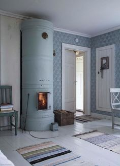 29 Traditional Tile Stoves In Home Décor - DigsDigs House Design, Scandinavian Home, Home And Living, Decor, Interior Design, House, Home, Minimalist Home Decor, Home Decor