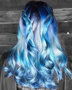 Blue Ombre Hair Color Trend In 2019 blue ombre hair color trend in trendy hairstyles and colors blue ombre hair;blue ombre hair color trend in trendy hairstyles and colors blue ombre hair; Pretty Hair Color, Beautiful Hair Color, Ombre Hair Color, Blue Ombre, Silver Ombre, Hair Styles With Color, Dyed Hair Ombre, Dye My Hair, Hair Color Pictures