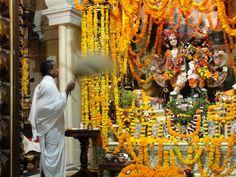 #magiaswiat #podróż #zwiedzanie #vrindavan #blog #azja #zabytki #swiatynia #indie #miasto #aszram #ganges #iscon #krishna Indie, Krishna, Blog, Blogging