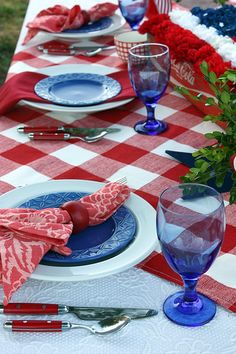 Red, white and blue country-inspired 4th of July tablescape... via Flickr