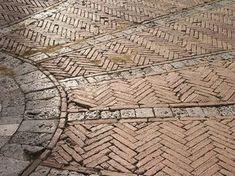 Red Brick Paving, Brick Masonry, Brick Flooring, Brick Patios, Brick And Stone, Floors, Siena, Small Natural Garden Ideas, Pavement Bricks