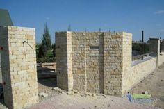Schody, tarasy kamienne, ogrodzenia z piaskowca, elewacja z kamienia, grill ogrodowy