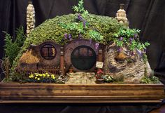 hobbit homes | Hobbit House workshop.