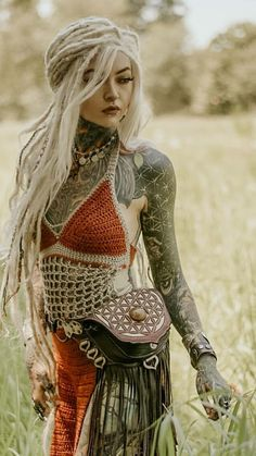 Discover recipes, home ideas, style inspiration and other ideas to try. Tattoed Women, Tattoed Girls, Inked Girls, 3d Fantasy, Fantasy Girl, Sexy Tattoos, Girl Tattoos, White Girl Dreads, Dreadlocks Girl