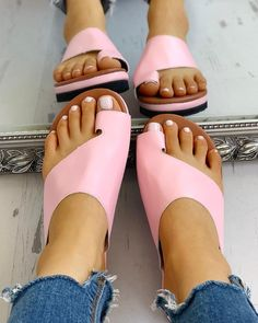 Toe Ring Cut Out Design Casual Sandals Shop- Women's Best Online Shopping - Offering Huge Discounts on Dresses, Lingerie , Jumpsuits , Swimwear, Tops and More. Flat Gladiator Sandals, Sexy Sandals, Shoes Sandals, Ring Cuts, Open Toe Flats, Trend Fashion, Latest Fashion, Style Fashion, Cut Out Design