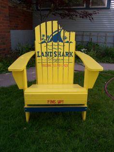 Fins up! LOVE Landshark.