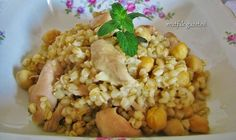 #tavuklu yarma pilavı tarifi Risotto, Vegan Recipes, Rice, Chicken, Baking, Vegetables, Healthy, Ethnic Recipes, Food