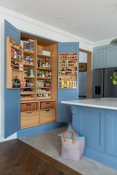 Bespoke pantry finished in this beautiful bright blue. Amazing storage and all fitted in this handmade cabinet. Kitchen by Shere Kitchens Ltd. Home Design, Wood Interior Design, Bathroom Interior Design, Interior Design Living Room, Kitchen Larder, Larder Cupboard, Kitchen Storage, Traditional Kitchen Interior, Handmade Cabinets