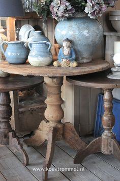 oude teakhouten wijntafel