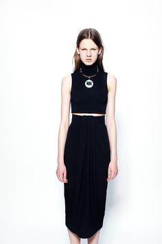 Celebrities who wear, use, or own Proenza Schouler Resort 2014 Skirt. Also discover the movies, TV shows, and events associated with Proenza Schouler Resort 2014 Skirt. New York Fashion, Runway Fashion, High Fashion, Fashion Show, Fashion Design, Women's Fashion, Fashion Editorials, Vogue, Chanel