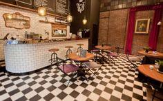 decorar-una-barra-de-bar-con-azulejos-blancos
