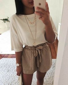 42 Comfy Street Style Looks That Make You Look Cool 11 ways to wear beige clothes without getting lost in color Calvin Klein Ckj 026 Slim Jeans 3332 Calvin Klein Kind People Tee Spring / Summer Best spring outfits 2019 best spring outfits Mode Rock … Trendy Summer Outfits, Spring Outfits, Casual Outfits, Tumblr Summer Outfits, Summer Ootd, Casual Dresses, Travel Ootd Summer, Cute Summer Clothes, Outfit Ideas Summer