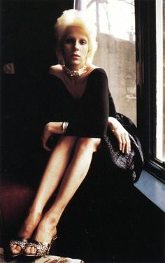 Listen to music from Angie Bowie like I Just Want to Have Something to Do, I just want to have something to do - Space mambo mix & more. Find the latest tracks, albums, and images from Angie Bowie. Angie Bowie, David Bowie, Mick Ronson, Ziggy Stardust, Miles Davis, Glam Rock, Twiggy, David Jones, Record Producer