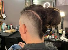 There are many cool hairstyles for boys that have a unique vibe to them and faux hawk fade haircut comes on top of the list. … The post Ditch Your Monotonous Look For These Faux Hawk Fade Haircut Variations This Year appeared first on Mr.Kids Hairstyles.
