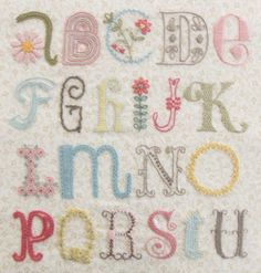 "Daisychain Sampler""U"" - Pretty by Hand - Pretty By Hand"