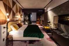 The Hide Hotel Flims is a new year-round suave lair of modern luxury alpine styling perched like a sleek boutique penthouse above the new Stenna. Design Hotel, Design Studio, Hotels, White Concrete, Das Hotel, Velvet Sofa, Pent House, Modern Luxury, Architecture Design
