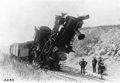 ( SUPER CRASH 2014... 2016...) - Collision between two engines, Bay of Quinte Railway, ON, 1892.