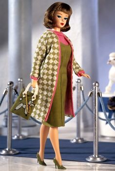 Looking for the Poodle Parade Barbie Doll? Immerse yourself in Barbie history by visiting the official Barbie Signature Gallery today! Play Barbie, Barbie I, Barbie Dream, Vintage Barbie Dolls, Barbie World, Barbie Clothes, Barbie Style, Barbie Website, Knitted Coat